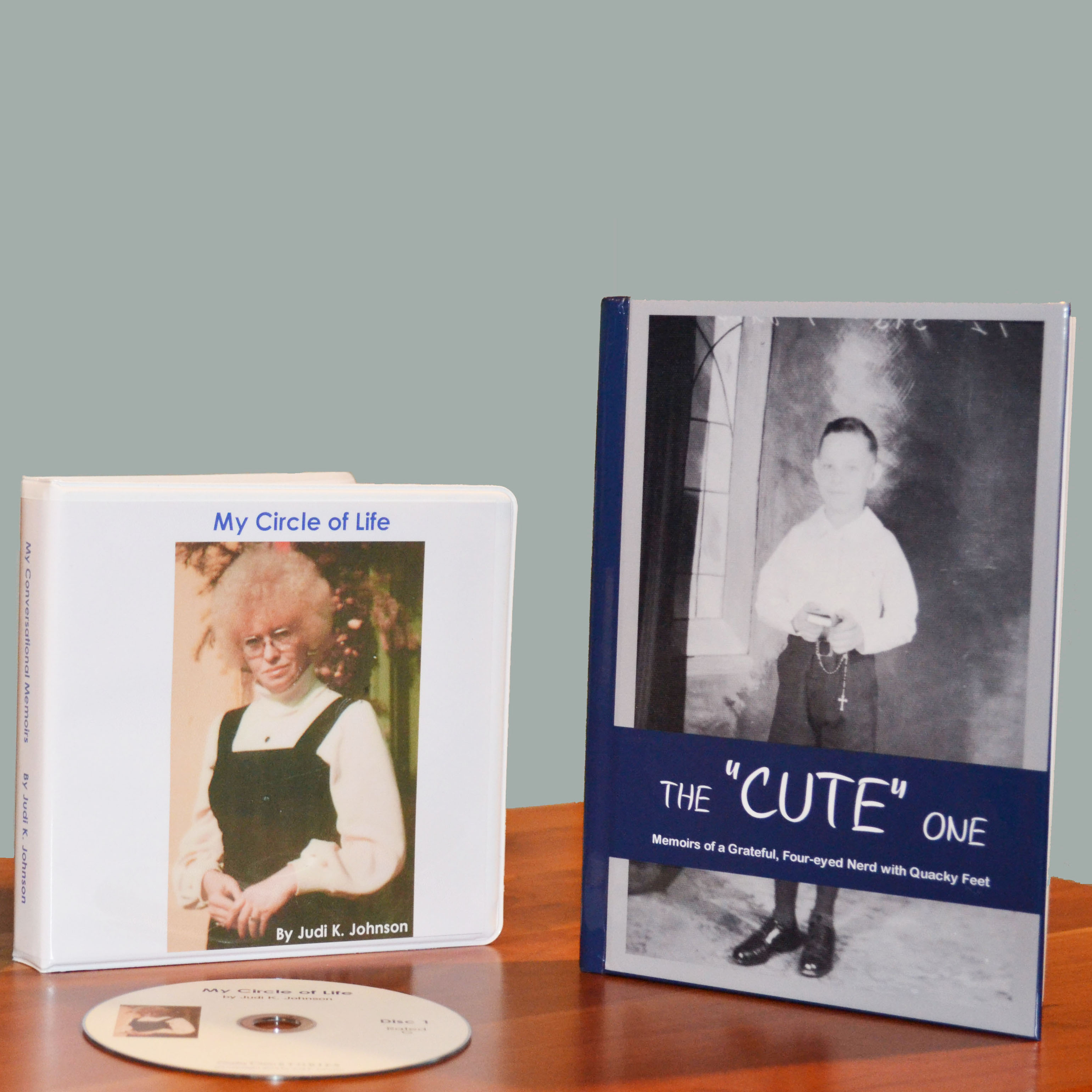 What's a memoir? This is a photo of a sample CD case and memoir book to demonstrate how your family history might be produced by Sunday Dinner Stories