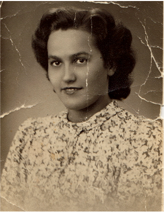 A photo of a Aunt Lucy, a woman who saved her life story.